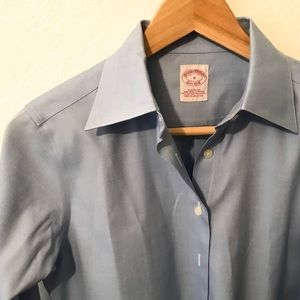 Brookes Brothers Classic Fit, Non Iron, Size 0.